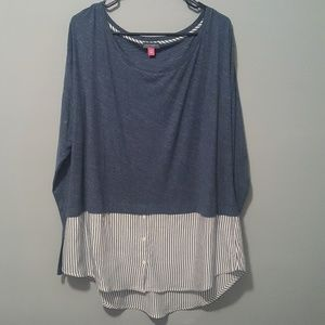 Vince Camuto LS Pullover Striped Buttoned Down Top
